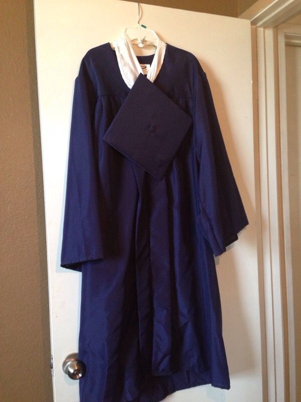 Jostens graduation cap and gown (Clothing & Shoes) in Rancho ...
