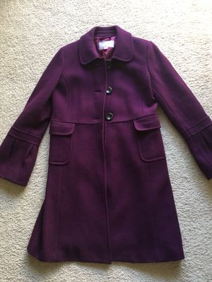 Women's dress coat.. Bright Purple with a little puff sleeve forearm down to wrist.. Size Medium ... Old Navy brand. Excellent Condition