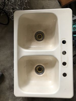 Double cast iron sink in good condition