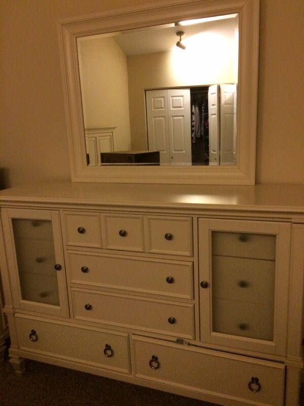 Master Bedroom Set Queen Furniture In Mercer Island Wa Offerup