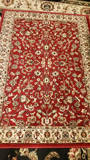 Like new condition rug and runner set