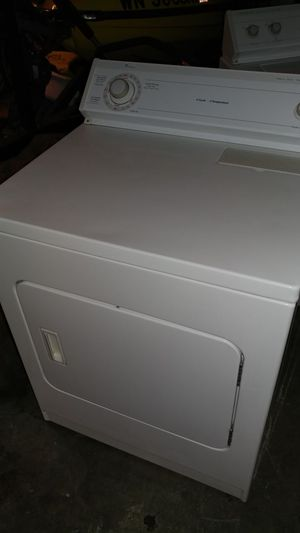 Whirlpool white super capacity electric dryer
