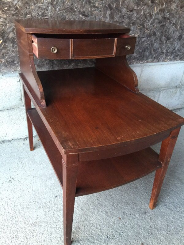 Vintage mersman 7384 mahogany end table Antiques in Dublin OH