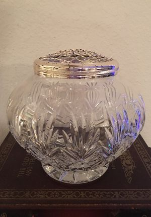 "ROYAL DOULTON CRYSTAL VASE 6.5"" H"