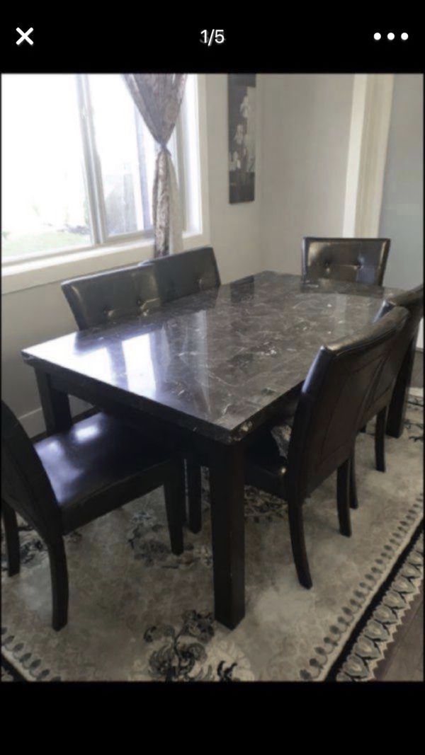 Beautiful Dining Table And 6 Chairs Furniture In Kent WA