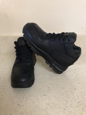 Nike Air boots waterproof size 2.