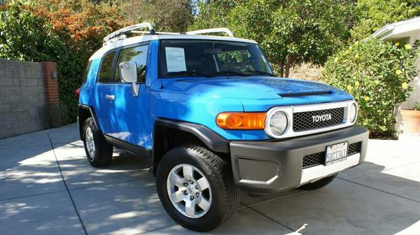 2007 toyota fj cruiser cars trucks in los angeles ca offerup. Black Bedroom Furniture Sets. Home Design Ideas