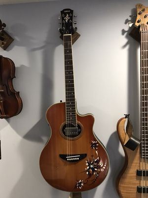 Yamaha APX 700 Bachata Guitar