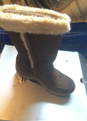 Brand new size 8.5 Sporto snow boots