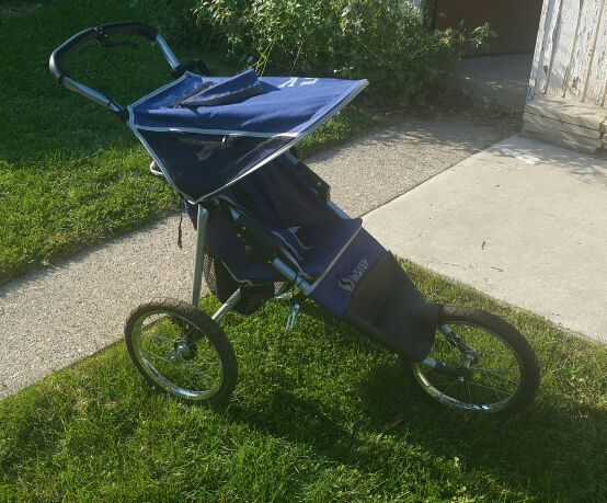 InSTEP 5K jogger baby carriage (Baby & Kids) in Cicero, IL ...