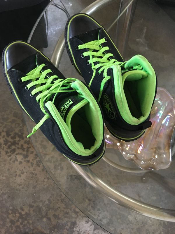 Chuck Taylor Converse size 8.5 excellent condition (Clothing   Shoes) in  Seattle d4c1dc53c