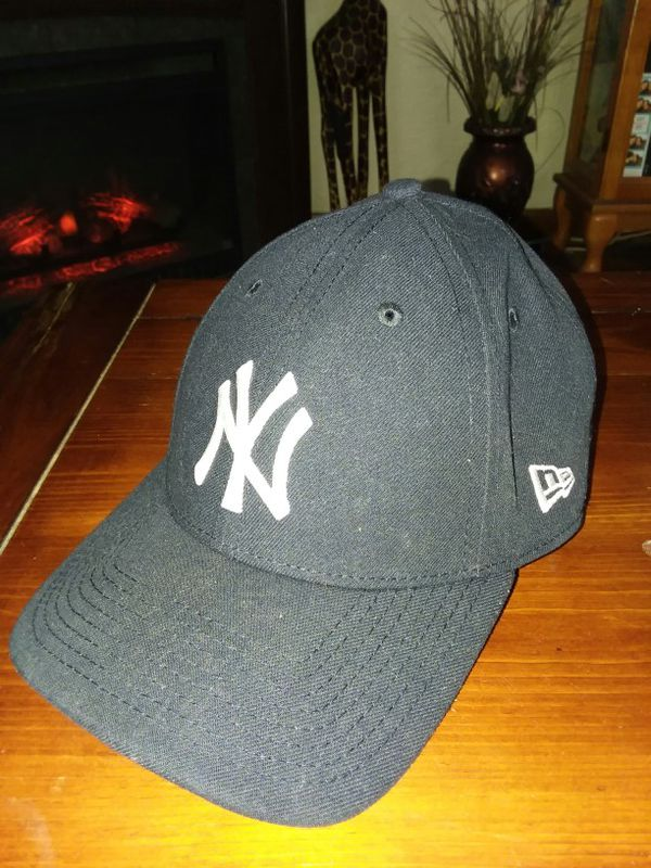 ... clearance new era new york yankees hat one size fits most sports  outdoors in massillon oh 1ff1a99d43db