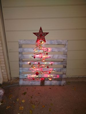 outdoor pallet christmas tree. outdoor pallet christmas tree