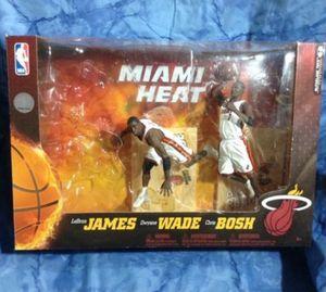 Wade & Bosh Figures. NO JEBRON JAMES