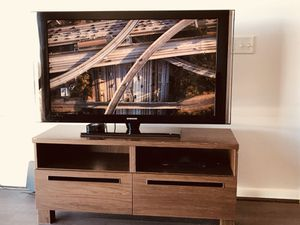 """TV 55"""" with table and DVD"""