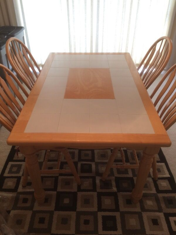 Dining table furniture in bellevue wa offerup for Furniture in bellevue