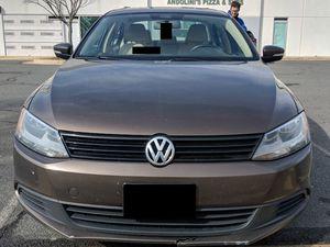 2011 Volkswagen Jetta - 5 SPEED MANUAL