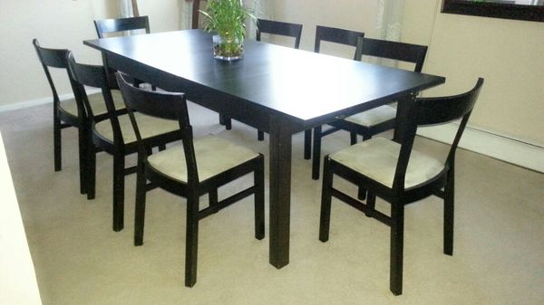 Black dining room w 8 chairs furniture in park ridge il for Website to sell furniture