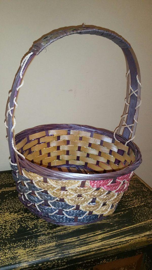 Decorative basket easter basket like new purple pink mint decorative basket easter basket like new purple pink mint green negle Gallery