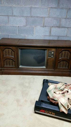 Classic TV with record player