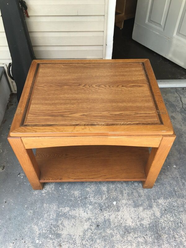 Side or coffee table furniture in tampa fl offerup for Furniture 33647