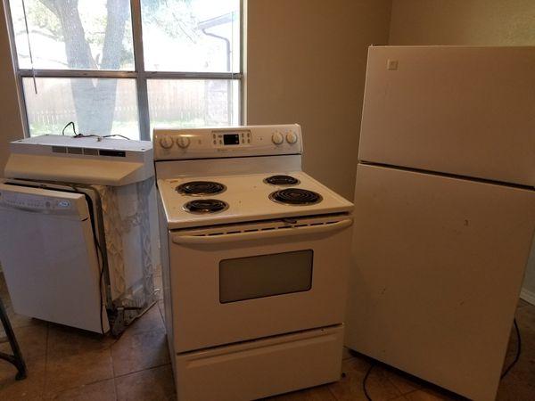 Kitchen appliances (Appliances) in San Antonio, TX