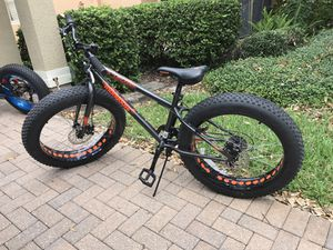 "24"" boys/men's mongoose Logan large tire bike"