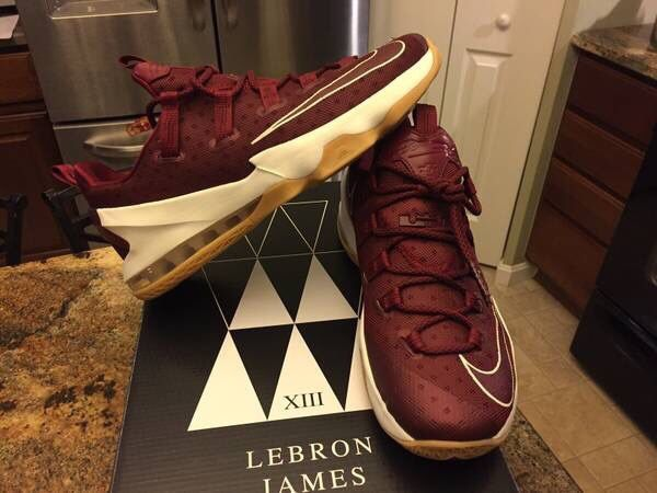 06d67a8db44 NEW NIKE AIR MAX LEBRON XIII 13 LOW CAVS SHOES SZ 10 (Clothing   Shoes) in  Lewis Center