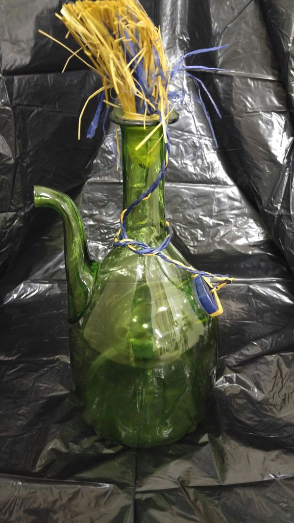 Unique Vintage Green Glass Decanter Collectibles In