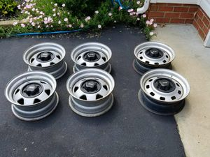 Lot of 6 Jeep Rims