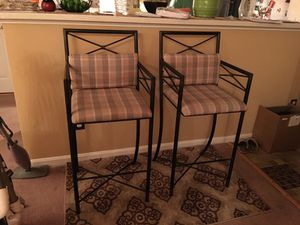 Beautiful Metal Bar Chairs pet Free smoke Free home