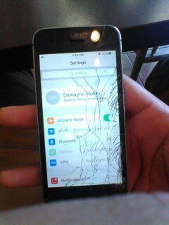 Unlocked iPhone 5s , cracked