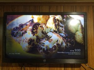 """SEND OFFERS 32"""" Westinghouse HDTV NEED GONE ASAP"""