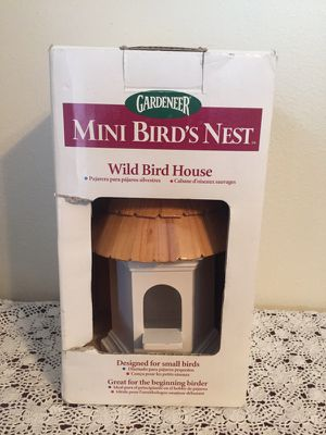 Solid wood birdhouse - new in box
