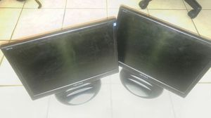 Pair of 17 inch Widescreen PC LCD screens