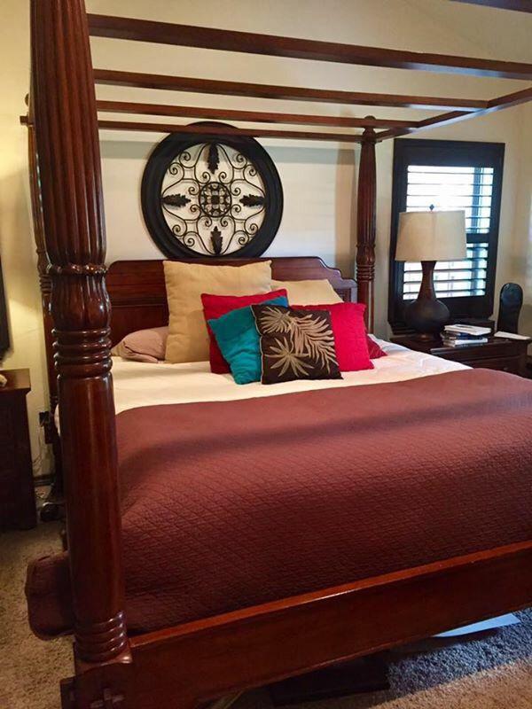 King Size Bedroom Suit (Furniture) in San Antonio, TX