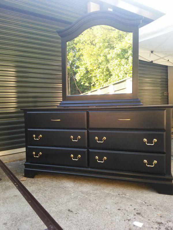 bedroom set queen furniture in raleigh nc offerup