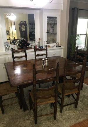 Vintage Drop Leaf Dinning Room Table
