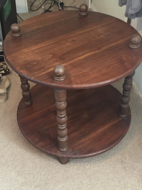 Little table furniture in edmonds wa offerup for Furniture edmonds wa