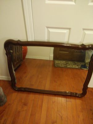 """Like new mirror in very good condition, pet free smoke free, let me know if you like more pictures, cash only 27.5""""*H37.5"""""""
