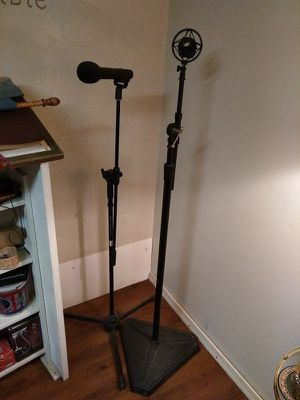 Standard and Studio Mic Stands