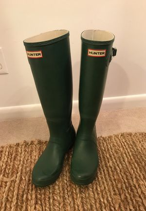 Hunter Boots - Forest Green, Size 9.5