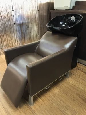 Salon backwash chair and sink 4 available