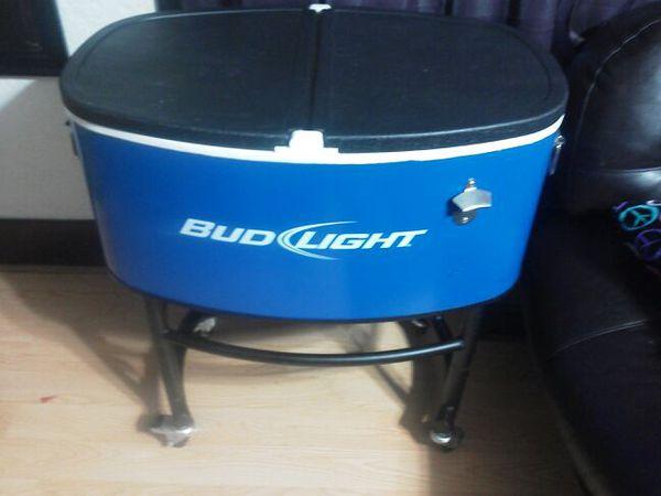 bud light cooler on wheels wheels come apart an fit. Black Bedroom Furniture Sets. Home Design Ideas