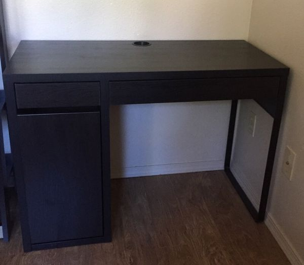 Desk with shelving cabinet furniture in seattle wa for Furniture movers seattle