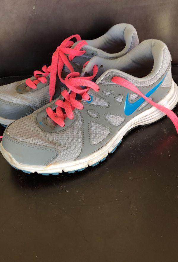 Nike Shoes Size 7 1/2
