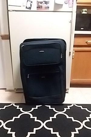 Navy Blue Extra-Large Suitcase