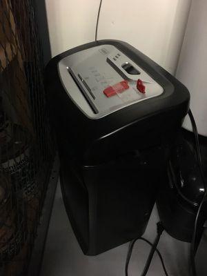 Staples shredder