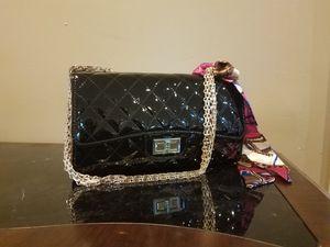 Brandnew black patent turn lock quilted purse
