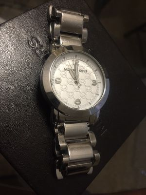 Michael Kors Woman's Silver Slim Runway Watch